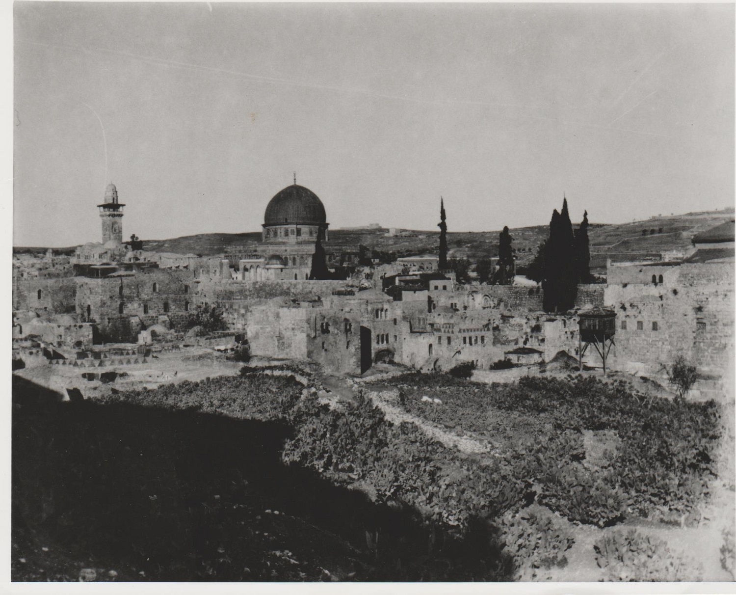 Gertrude Bell's photograph of the Old City Jerusalem, December 1899. Catalogue number A45-47.