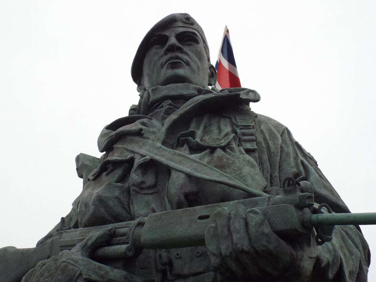 Yomper statue outside Royal Marines Museum, Eastney, Portsmouth, 1st March 2017. Photo: Eleanor Scott