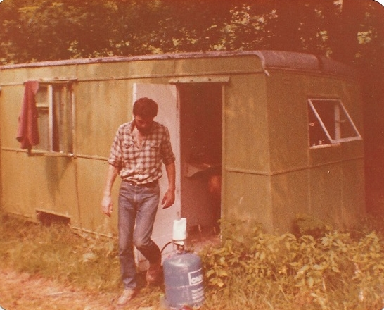 John by luxury caravan, 1981