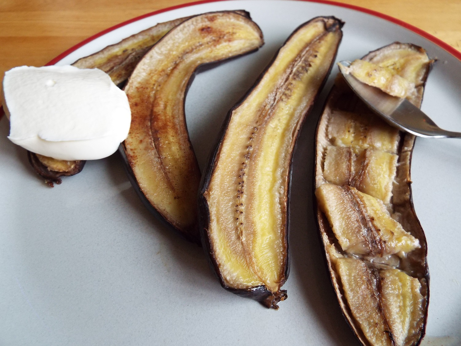 Baked Bananas - Slice bananas, and (in their skins) bake in foil for about 20 minutes.They are sweet, so can be served plain; or with honey and/or yogurt.