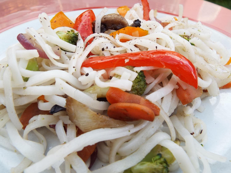 Rice noodles & veg
