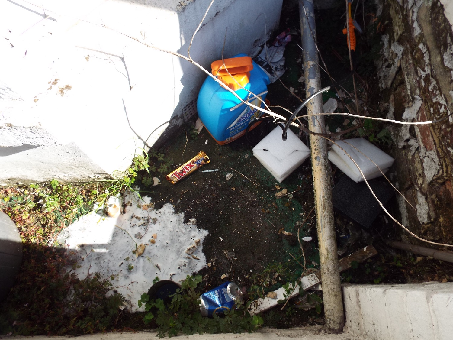 A 'clean and tidy' forecourt