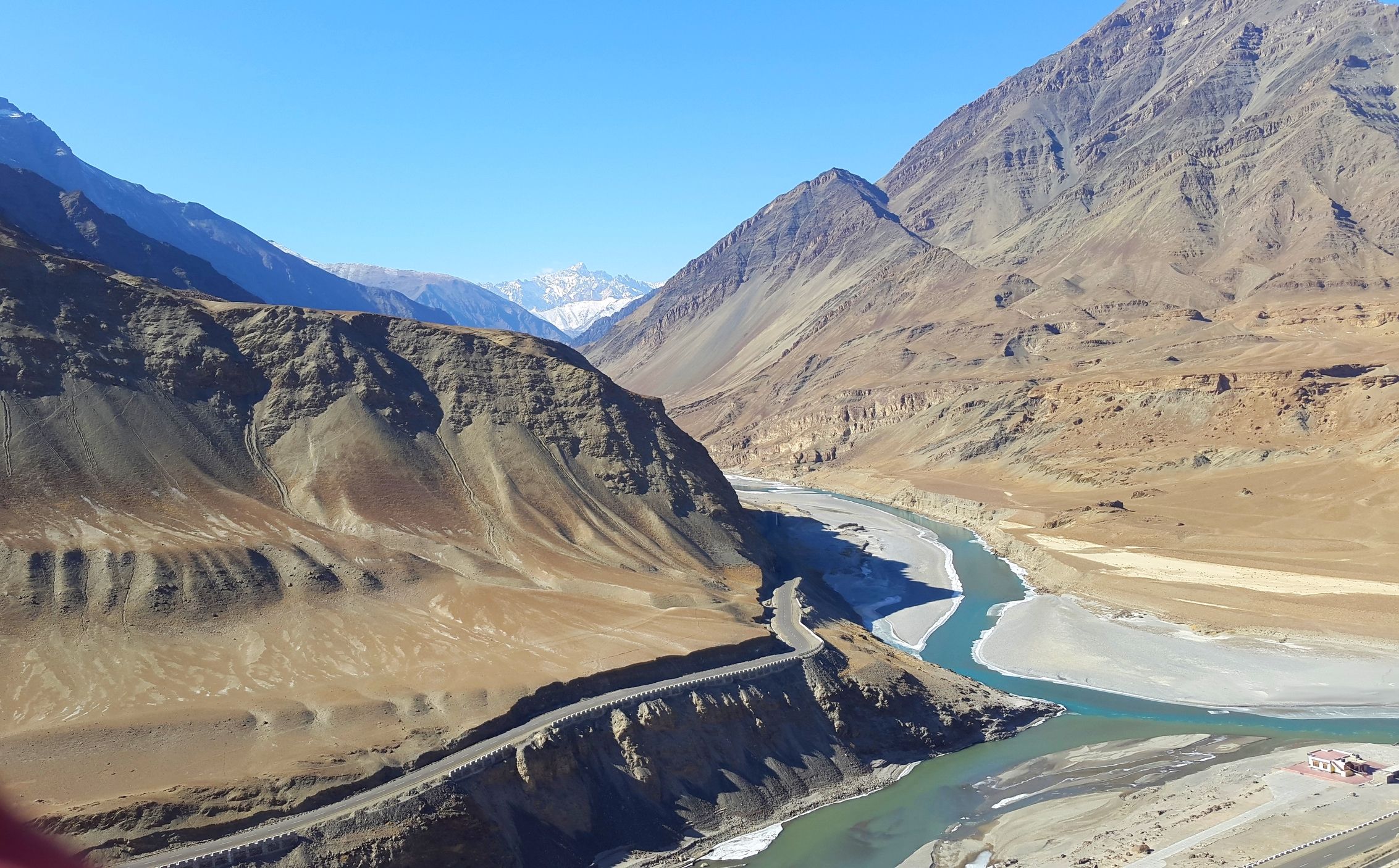 The Indus meets the Zanskar River, while on our journey to Nimmu while trekking in ladakh