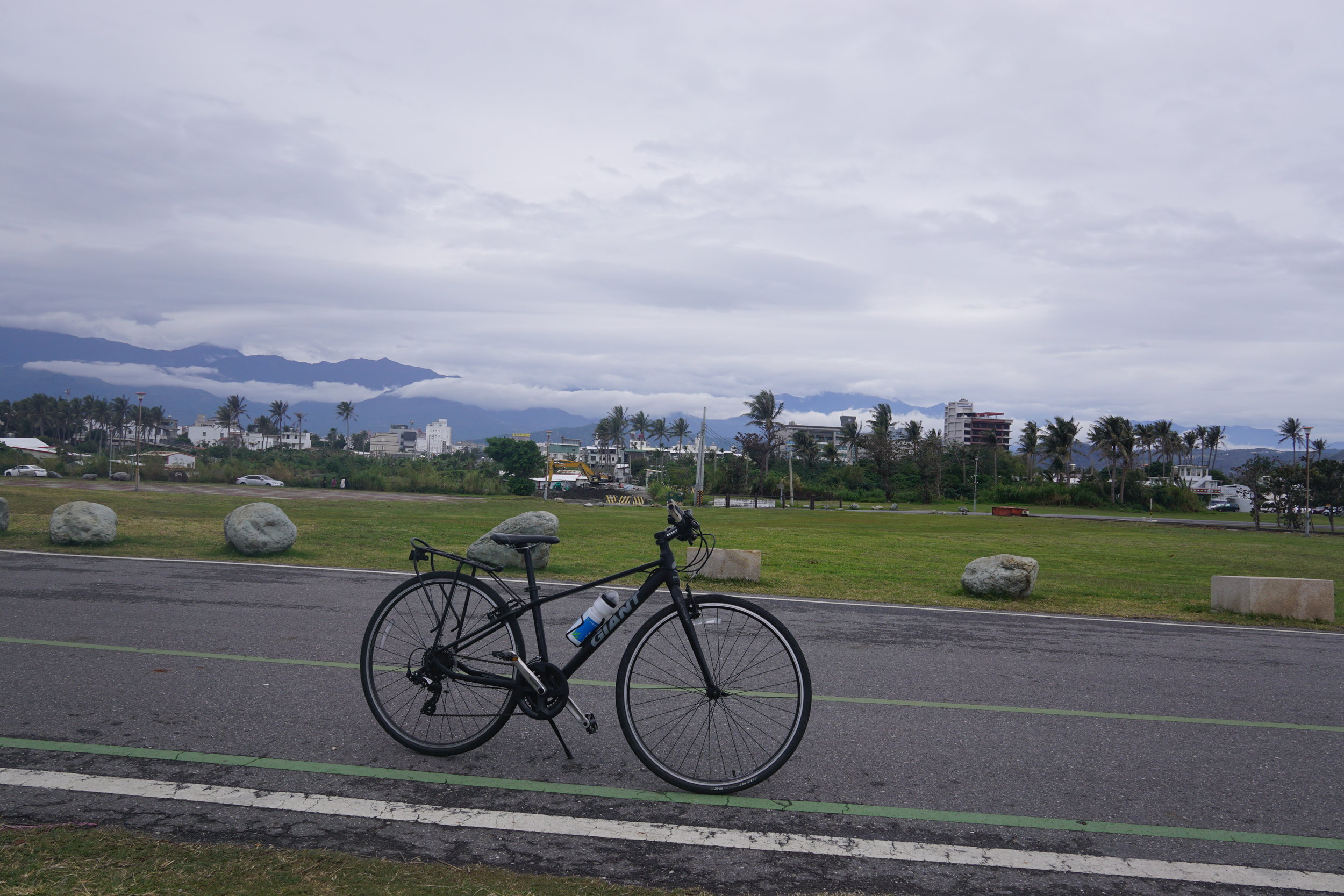 Cycling-In-Taiwan-East-Coast-Road.JPG