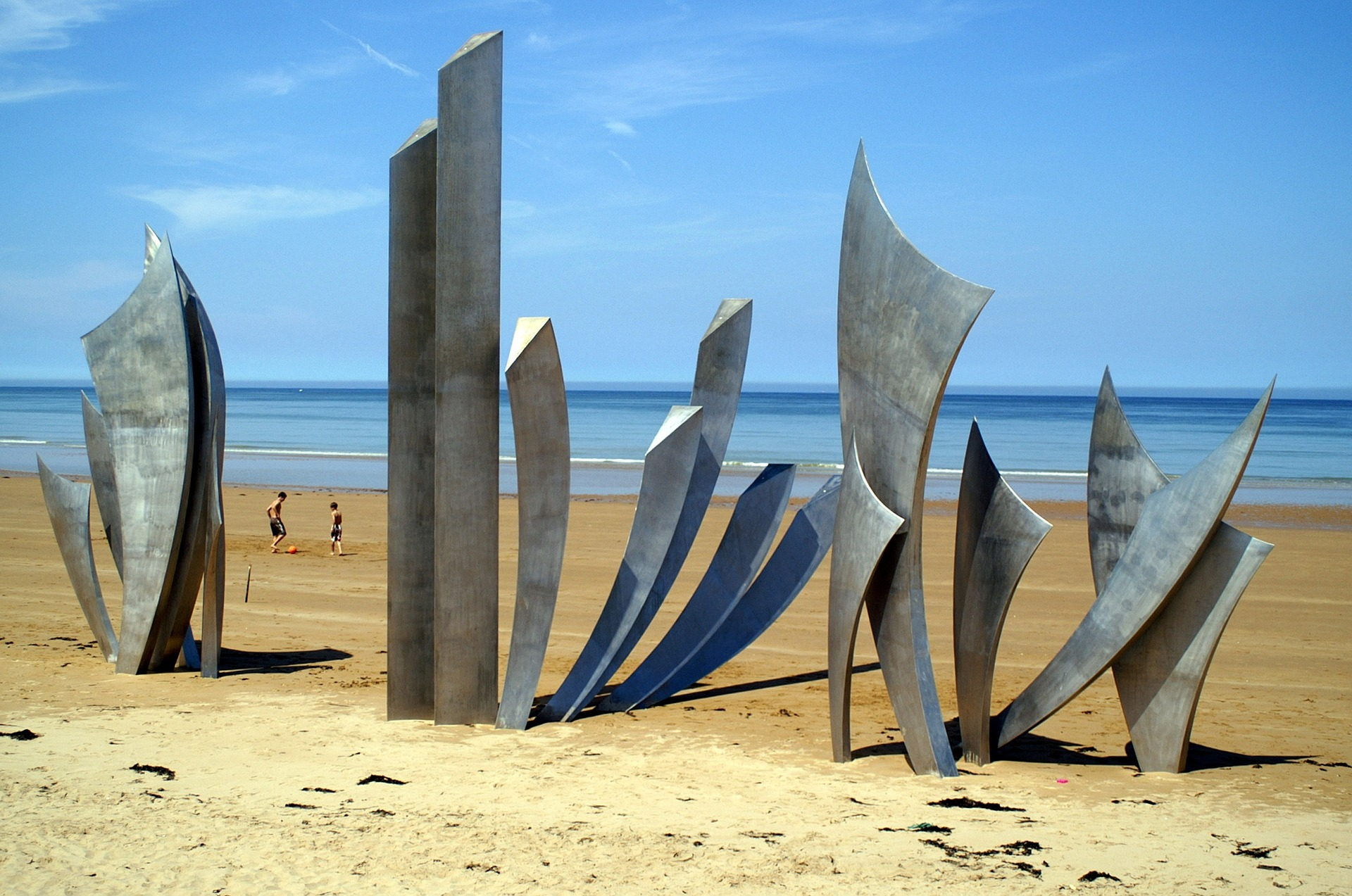 Dark-Tourism-Destinations-Sites-Normandy-Omaha-Beach-France.jpg