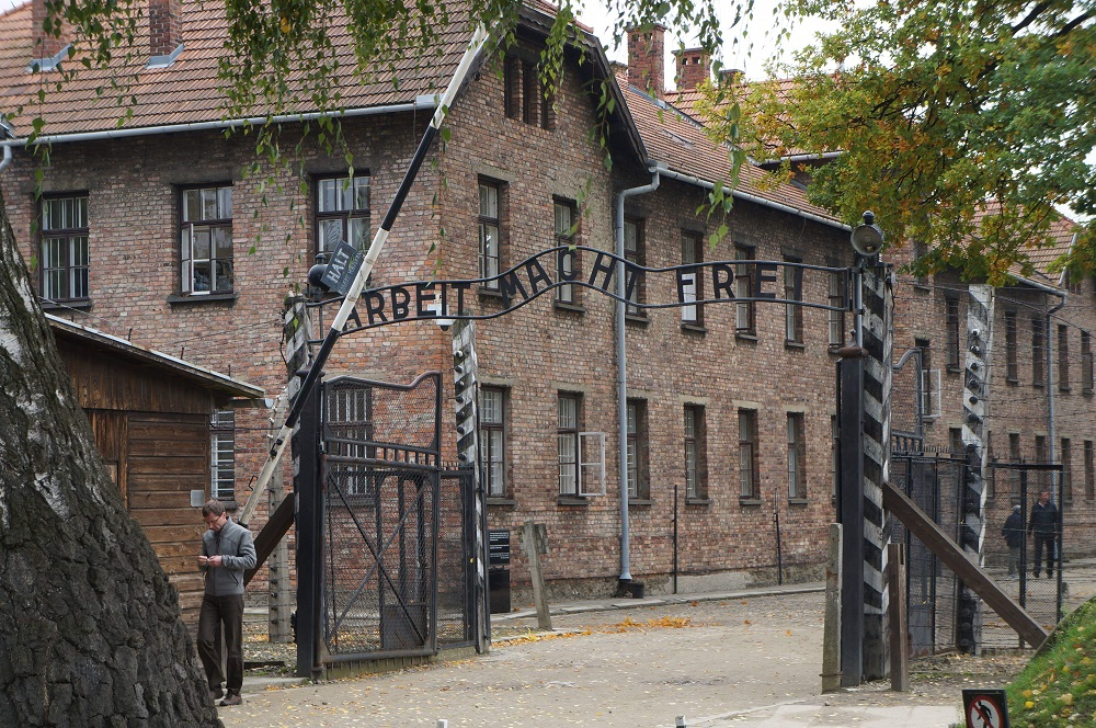 Dark-Tourism-Sites-Destinations-Auschwitz-Concentration-Camp,-Poland.jpeg