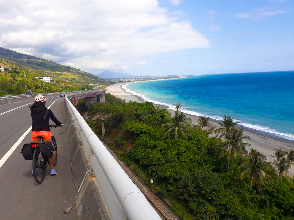 Taiwan-Cycling-East-Coast-Itinerary-7-Days-10-Days.jpg