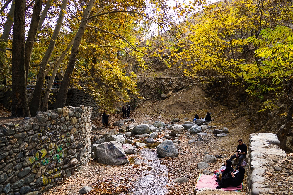 picnic grounds aplenty in northern iran.