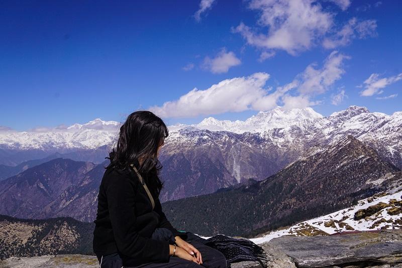 A moment of solitude on the chandrashila peak in india