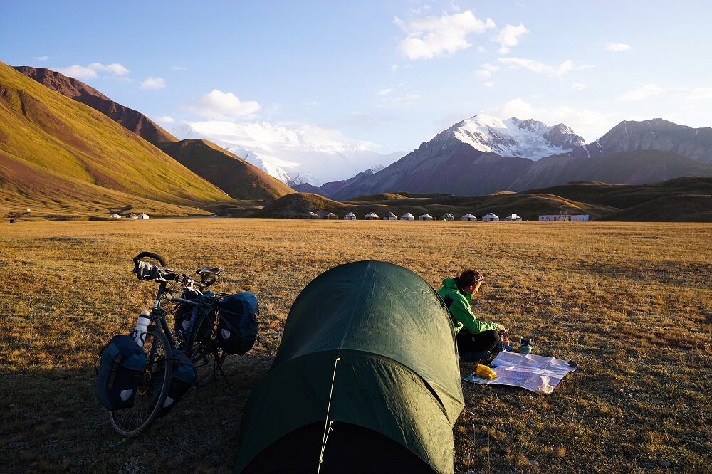 When I met bicycle tourers who had the same destination, headed towards the Lenin Peak Base Camp but on a two-wheeler.