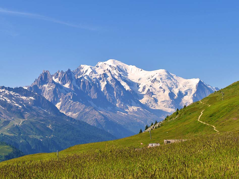 The Tour Du Mont Blanc is a good introduction for novice hikers looking for a challenge.