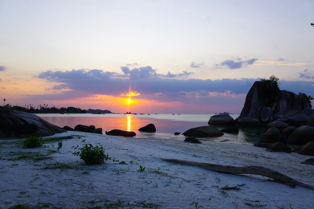Sunset-Kelayang-Beach-Belitung-Travel-Itinerary.jpg