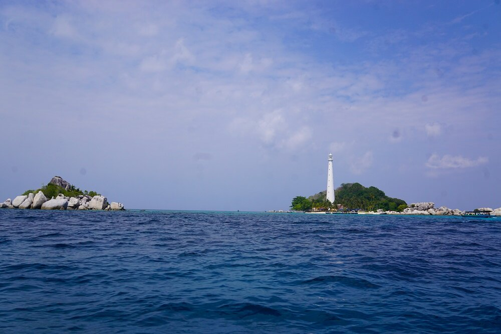 Lengkuas-Island-lighthouse-Belitung-Travel-Itinerary.jpg