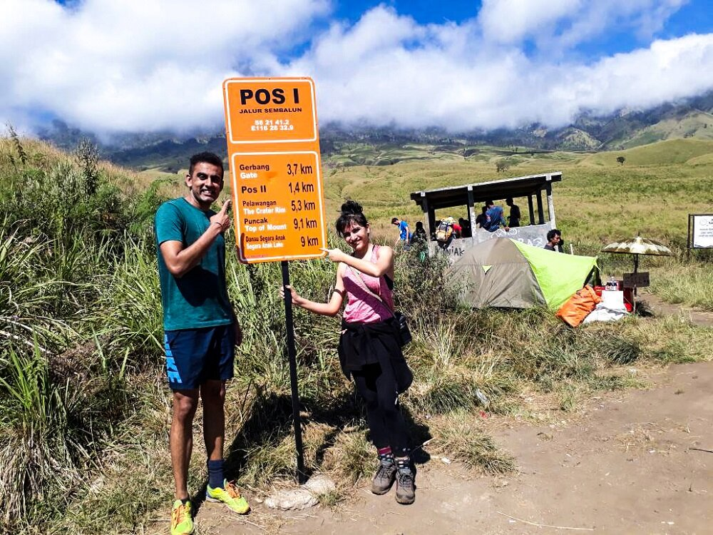 our first stop at pos 1 on top of mount rinjani