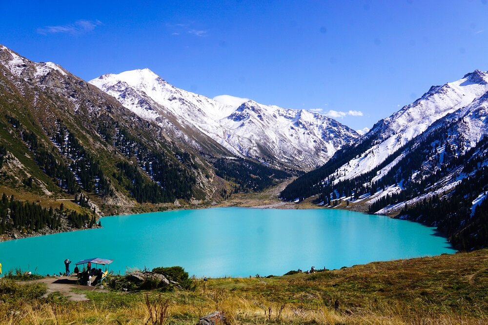 big almaty lake during mid-september — the best time to visit the lake