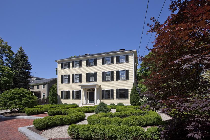 The Nowell-Greenleaf House | Design Associates Inc