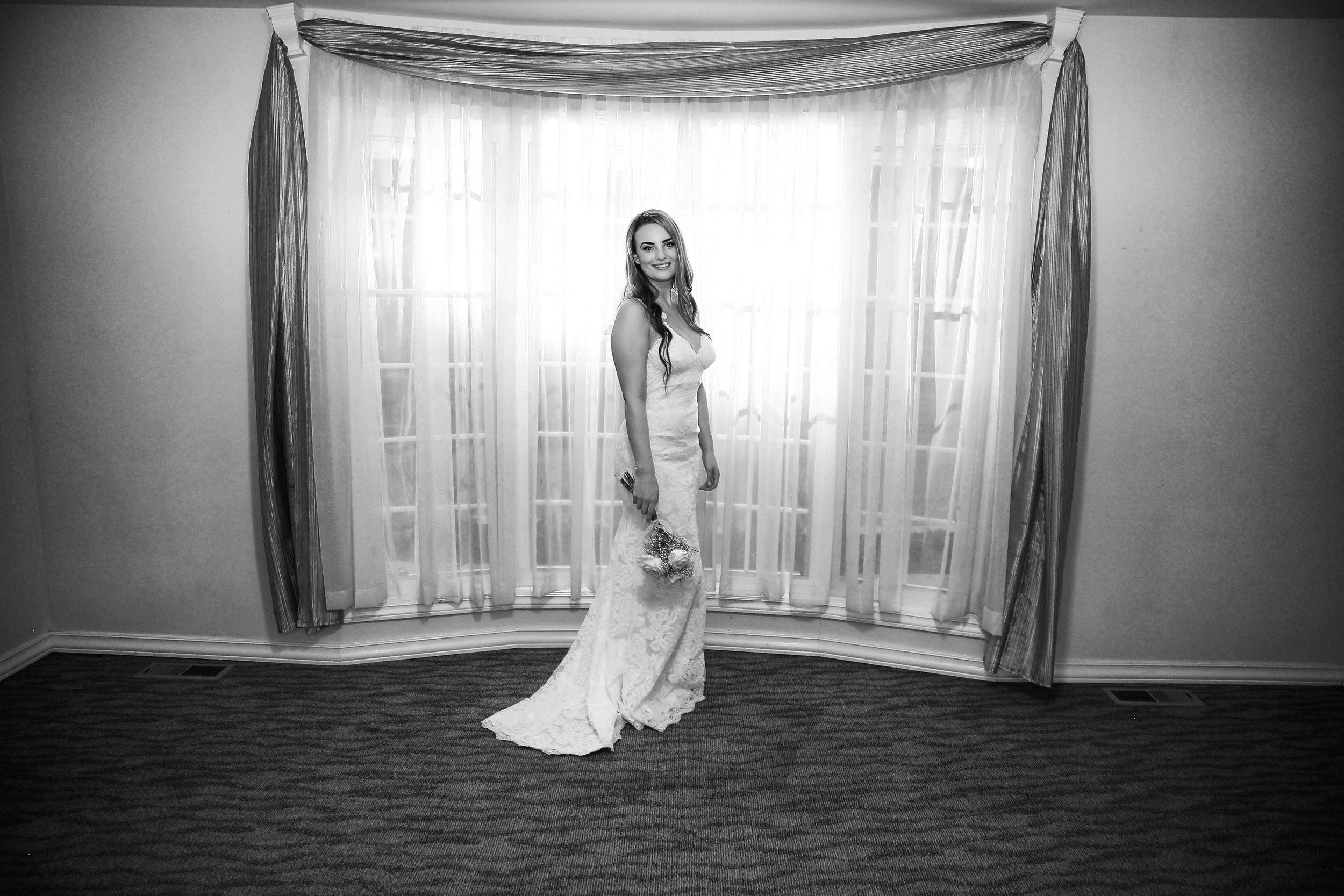 Tibbitt's Creek Manor Wedding Photos 14.jpg