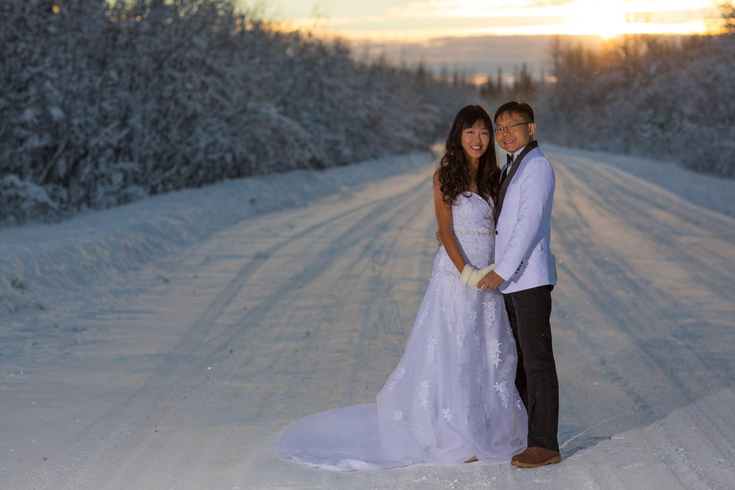 Bride and Groom under Northern Lights Fairbanks Alaska 02.jpg