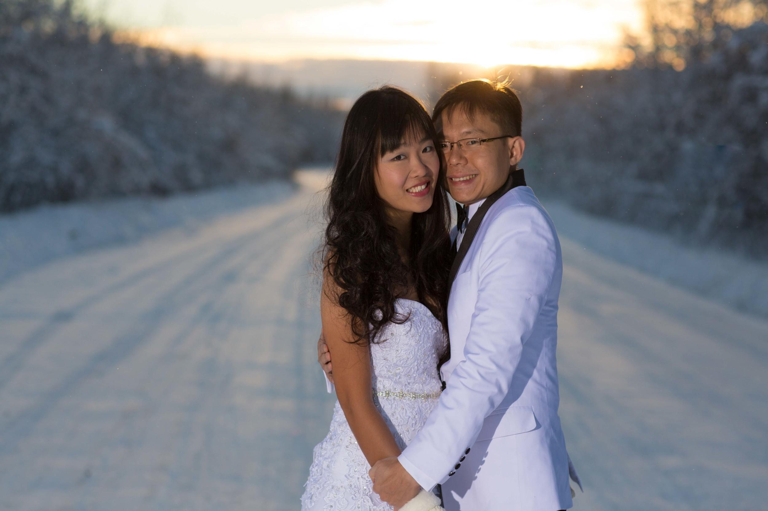 Bride and Groom under Northern Lights Fairbanks Alaska 03.jpg