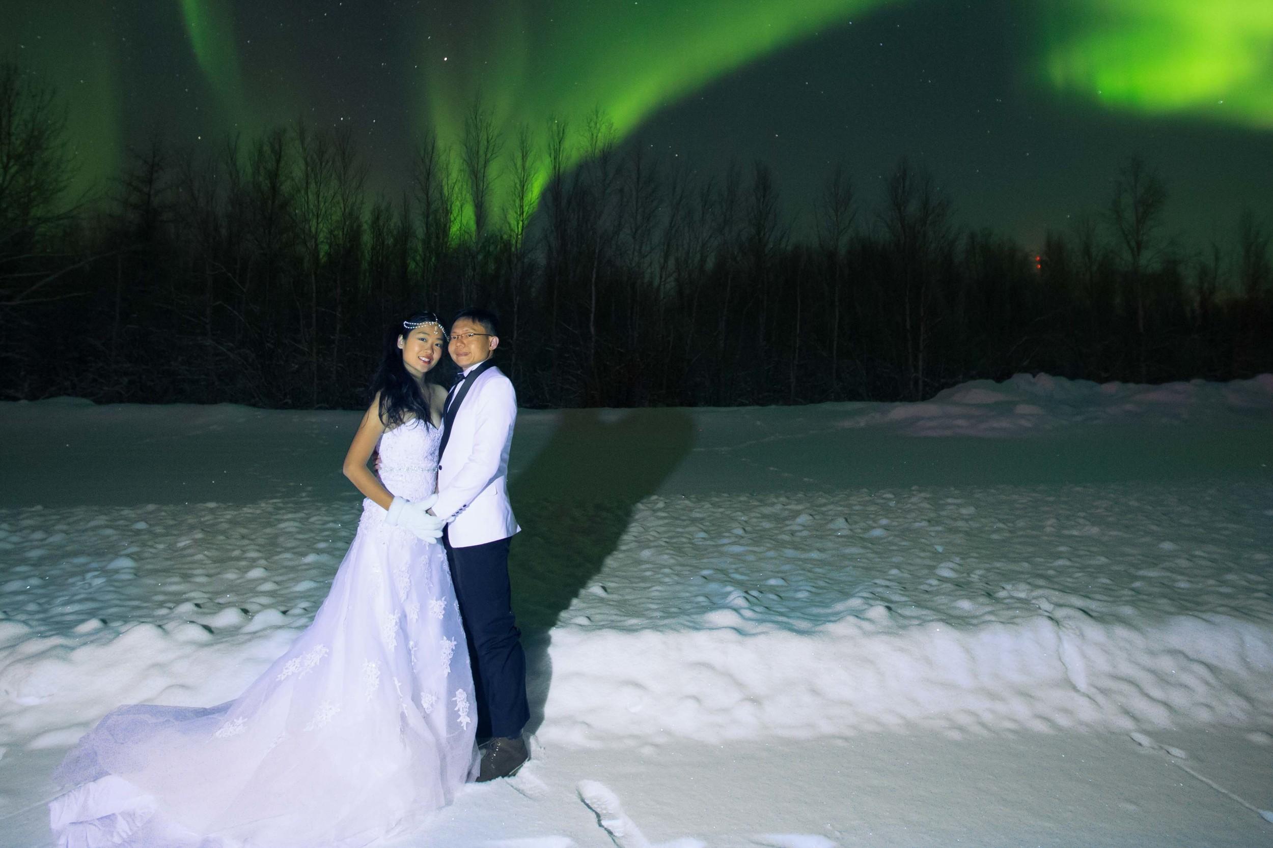 Bride and Groom under Northern Lights Fairbanks Alaska 09.jpg