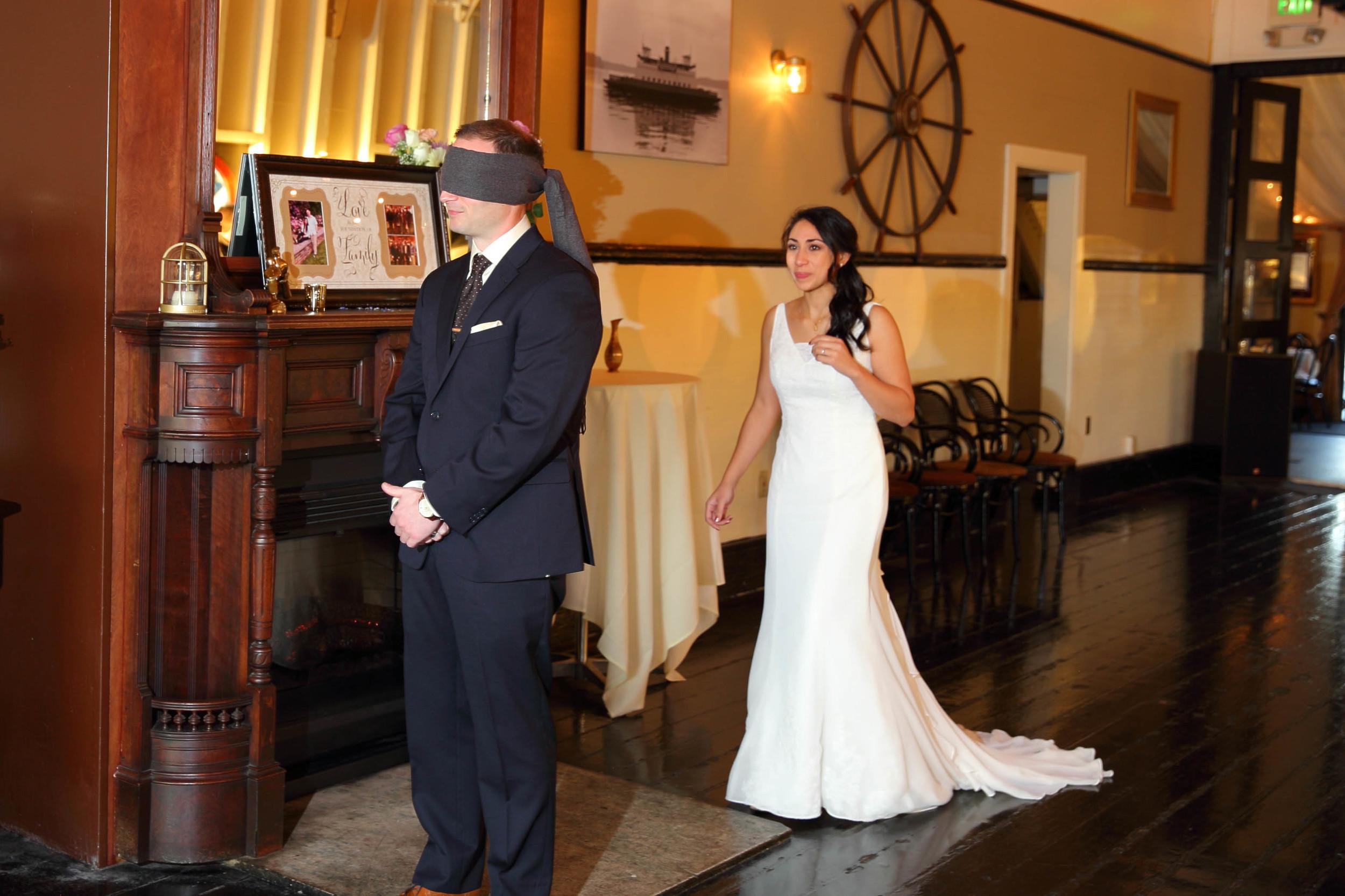 Wedding M-V Skansonia Seattle WA14.jpg