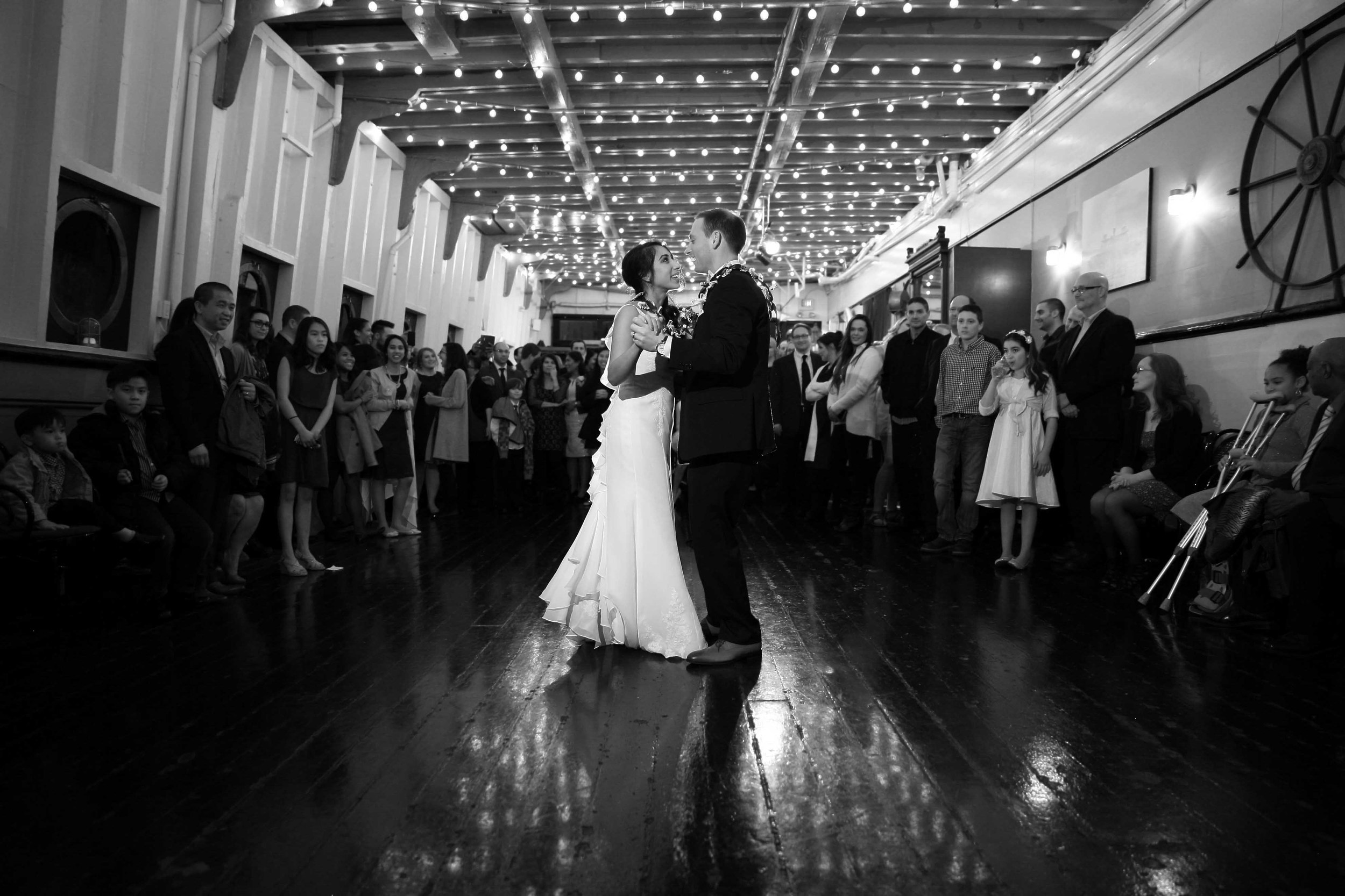 Wedding M-V Skansonia Seattle WA36.jpg
