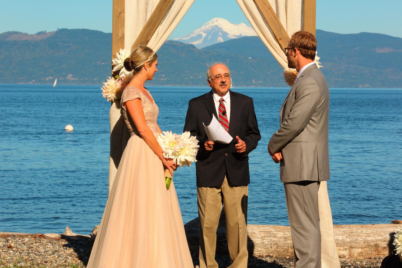 Wedding Guemes Island Resort Guemes Island Washington 24.jpg