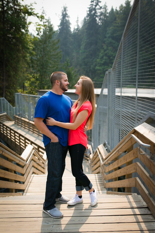 Engagement Photos Snoqualmie Falls Washington 01.jpg