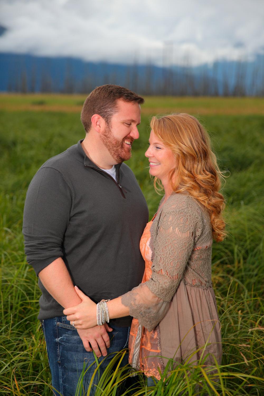 Engagement Photos Girdwood Alaska 09.jpg