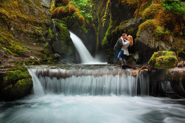 Engagement Photos Girdwood Alaska 15.jpg