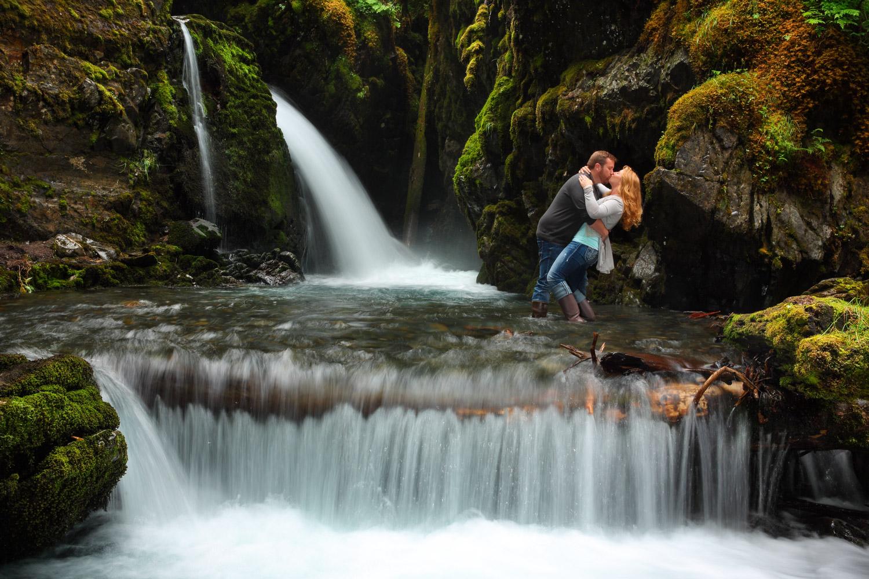 Engagement Photos Girdwood Alaska 17.jpg