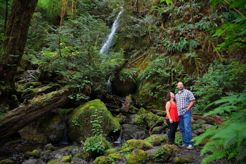 Engagement Photos Lake Quinault Olympic Peninsula Washington04.jpg