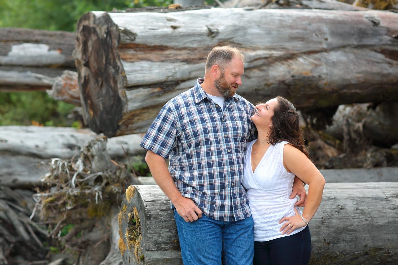 Engagement Photos Lake Quinault Olympic Peninsula Washington09.jpg