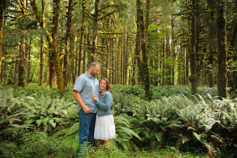 Engagement Photos Lake Quinault Olympic Peninsula Washington13.jpg