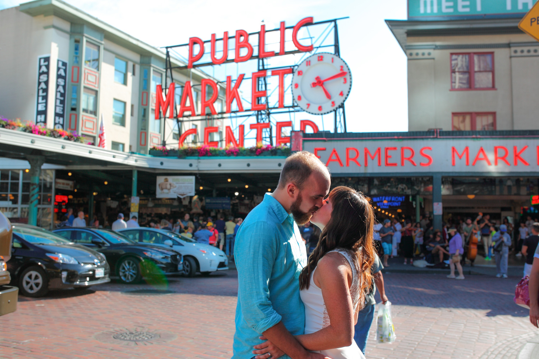 Engagement Photos Pike Market and Sculpture Park Seattle Washington03.jpg