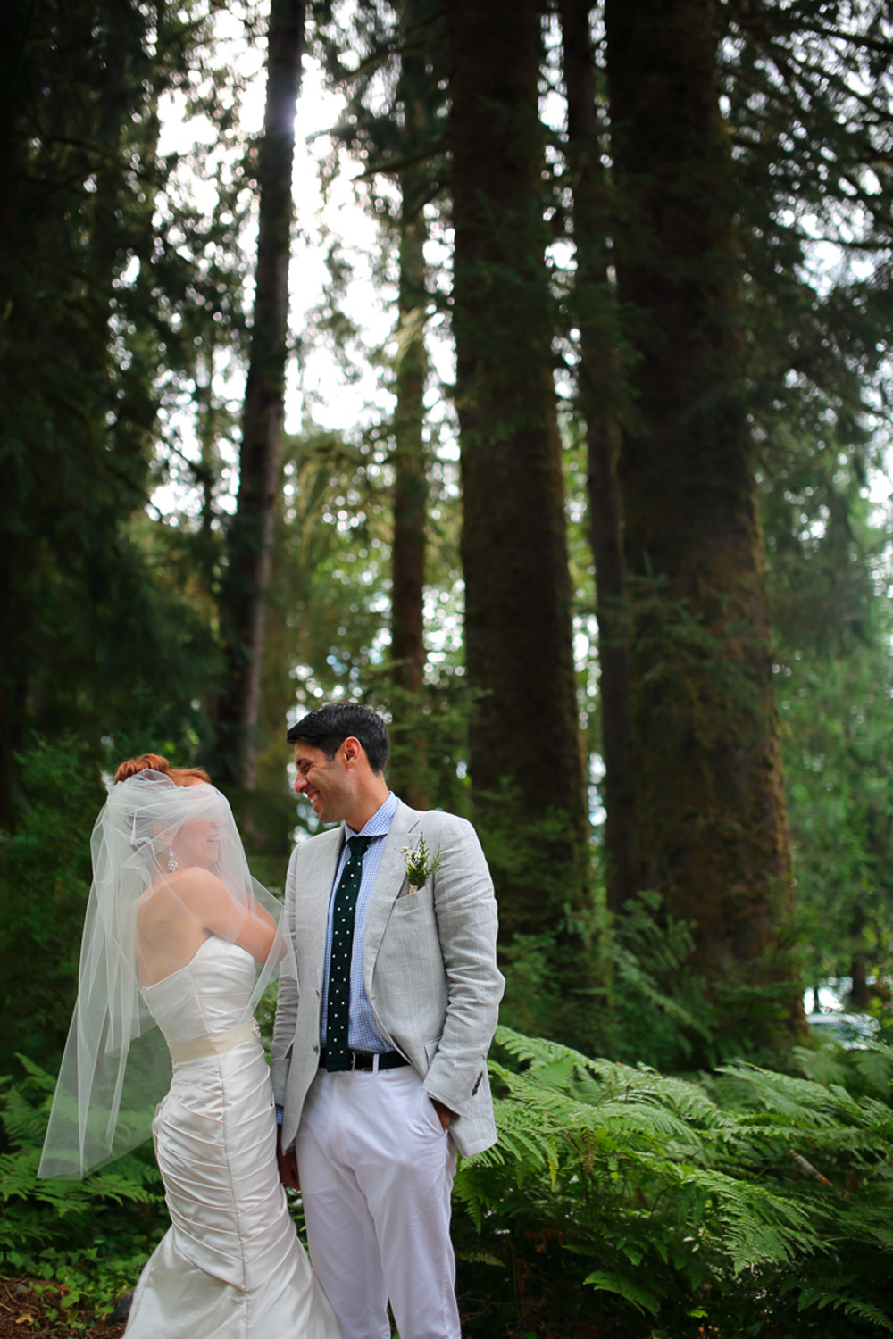 Wedding Photos Lake Quinault Lodge Washington68.jpg