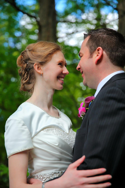 Wedding Photos LDS Temple Bellevue Washington16.jpg