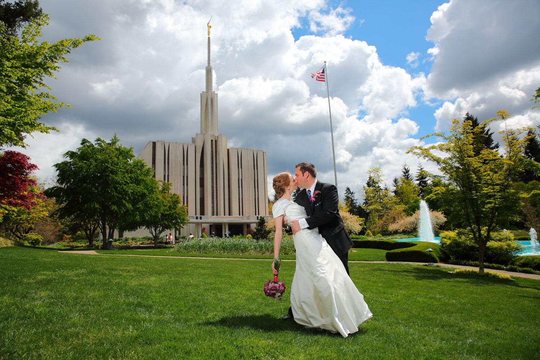 Wedding Photos LDS Temple Bellevue Washington23.jpg