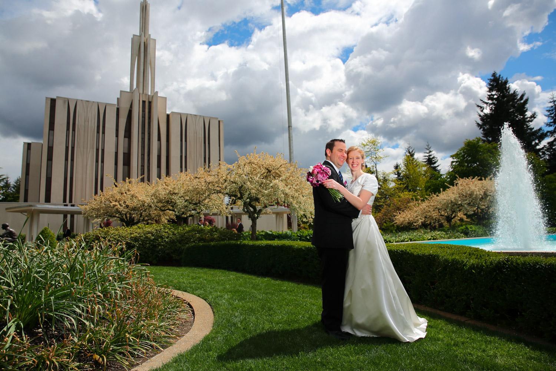 Wedding Photos LDS Temple Bellevue Washington24.jpg