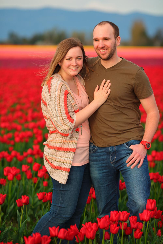 Engagement Photos Tulip Fields LaConner Washington04.jpg