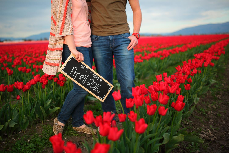 Engagement Photos Tulip Fields LaConner Washington06.jpg