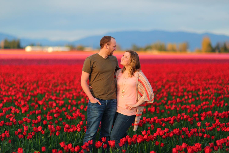 Engagement Photos Tulip Fields LaConner Washington07.jpg