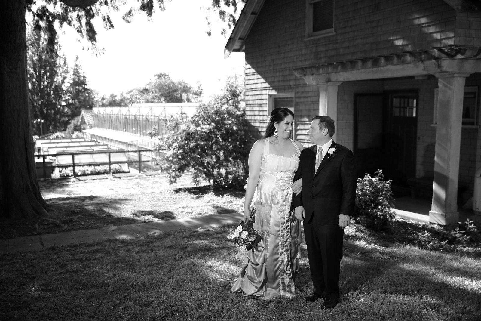 Wedding Photos Volunteer Park Conservatory Seattle