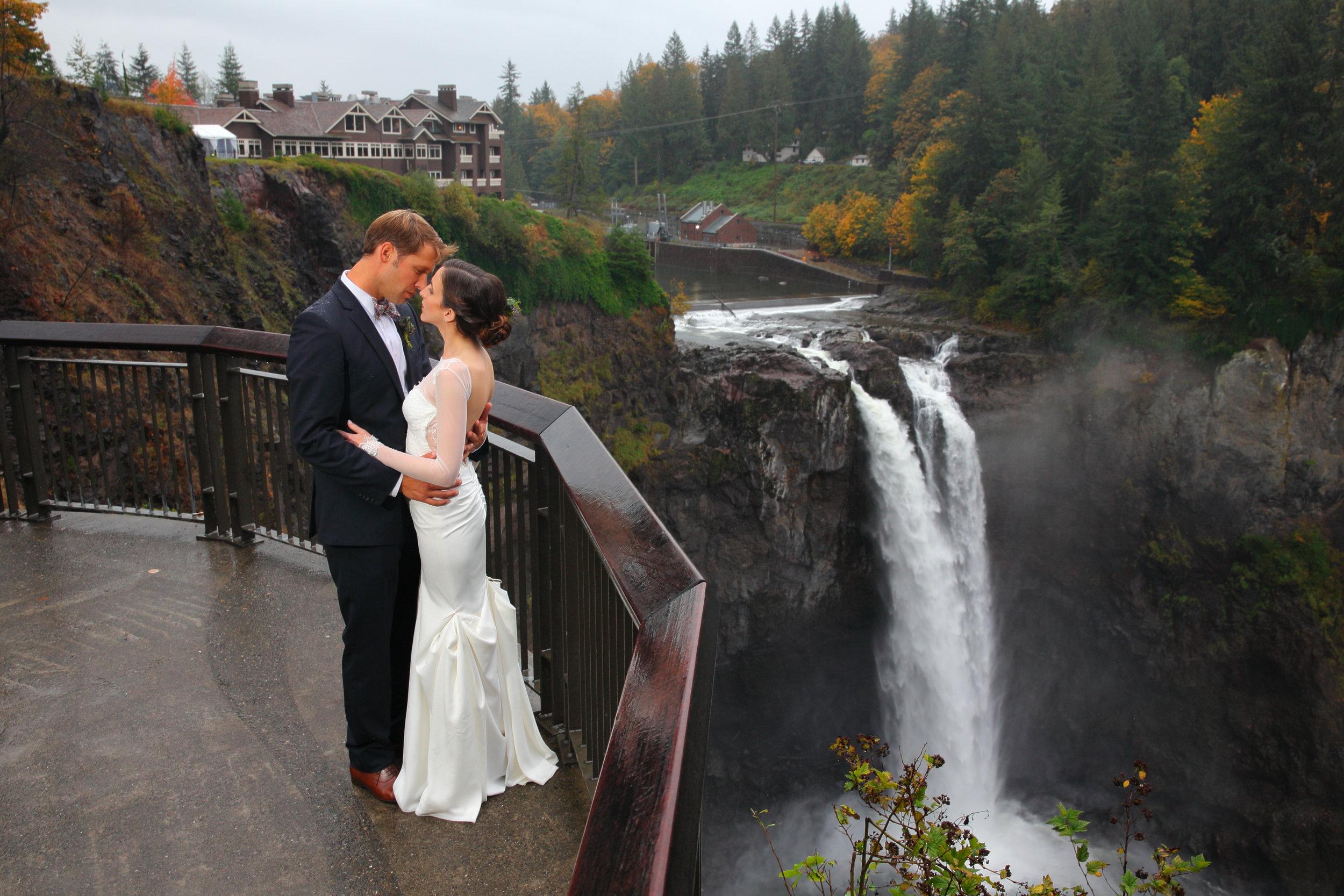 Bride and Groom Snoqualmie Falls