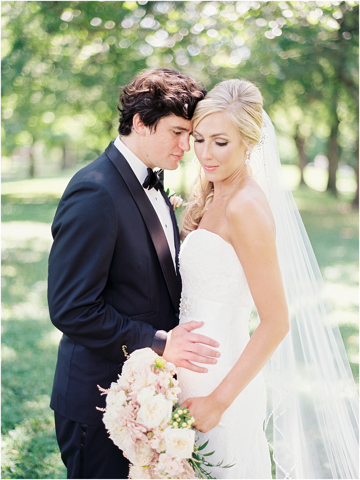 St_Louis_Wedding_Fine_Art_Film_Photographer_Jordan_Brittley_(www.jordanbrittley.com)_0023.jpg