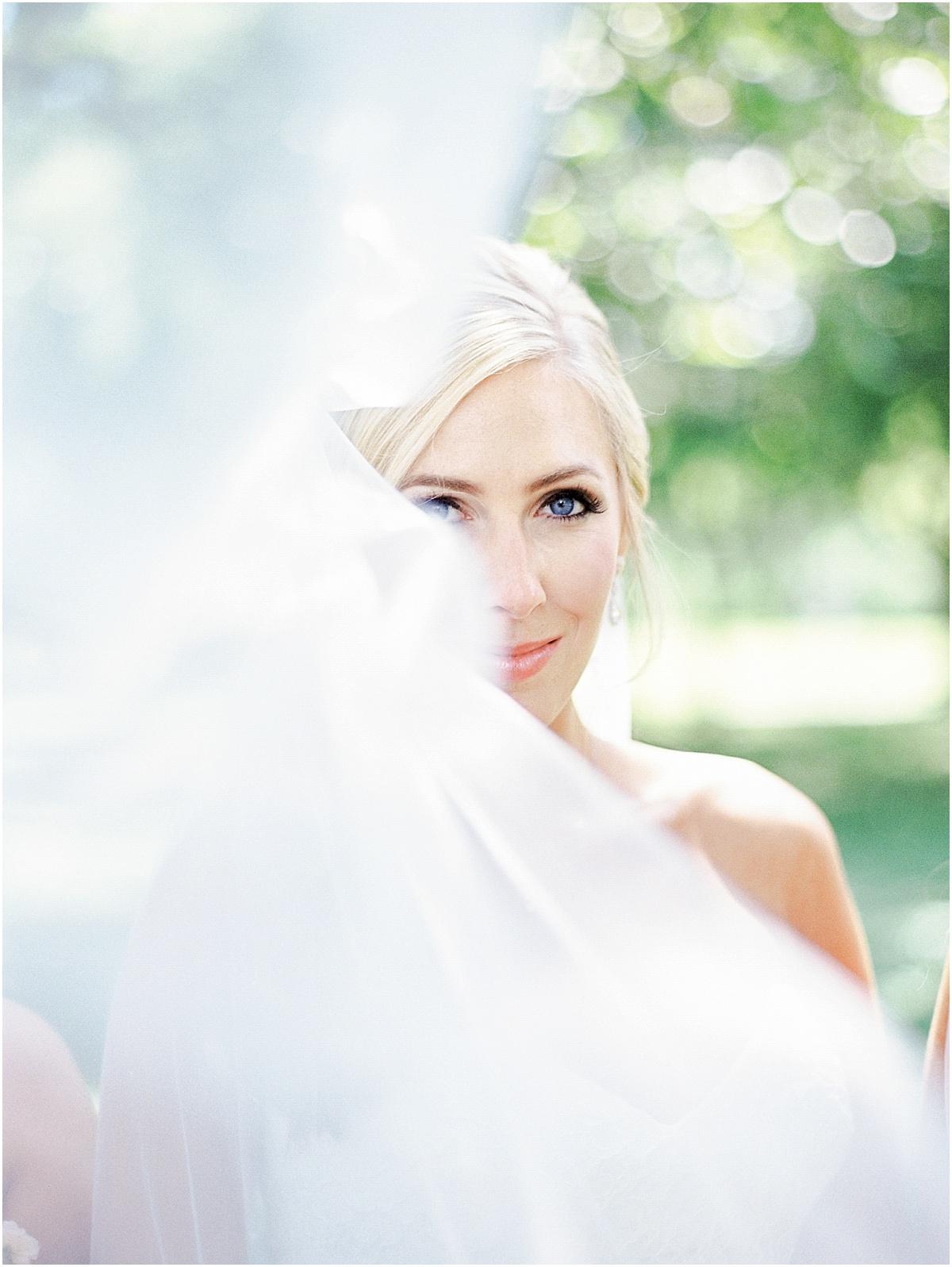 St_Louis_Wedding_Fine_Art_Film_Photographer_Jordan_Brittley_(www.jordanbrittley.com)_0025.jpg