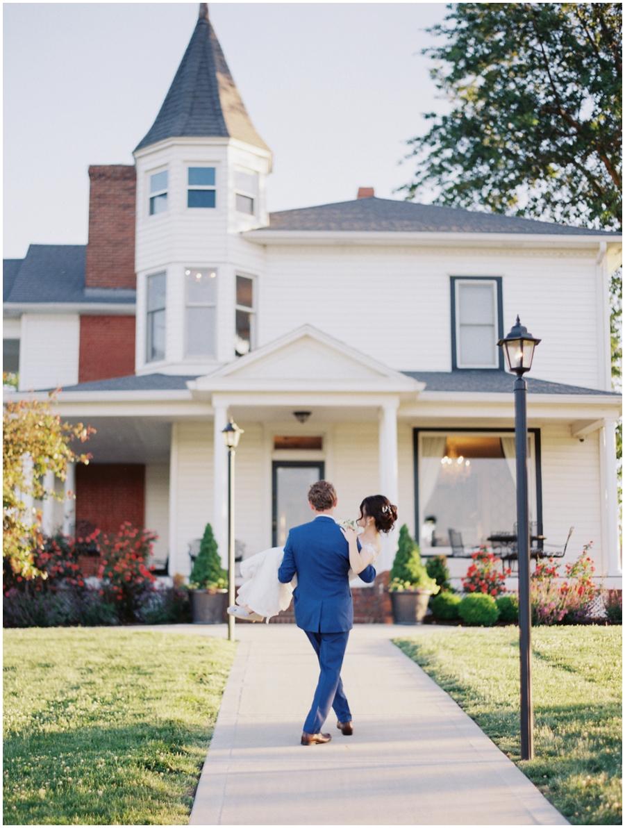 Kansas City Wedding Photographer - 1890 Event Space by Jordan Brittley Photography_0050.jpg