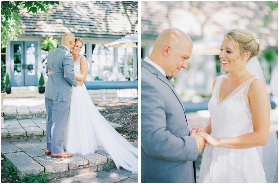 Grafton Illinois Hotel Wedding Photos | Light & Airy Photographer