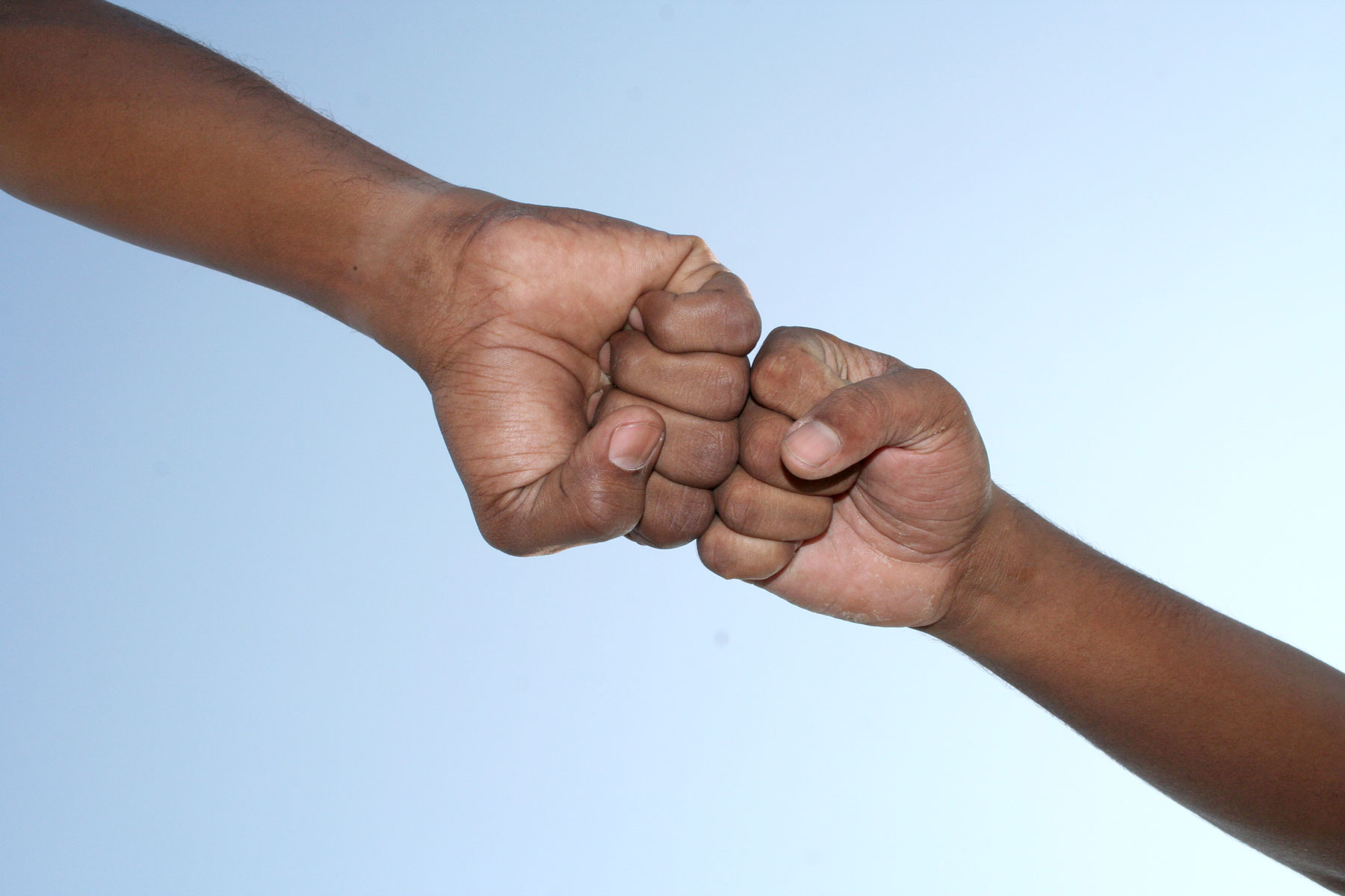 get-start-1578004_fistbump_handshake.jpg