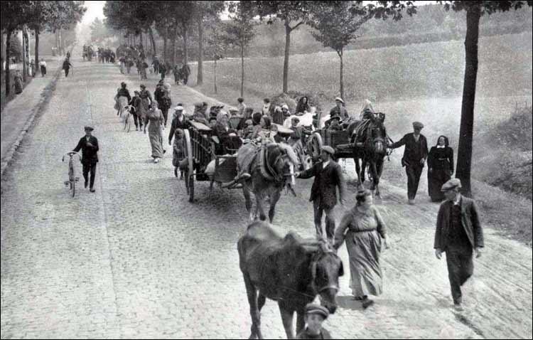 Belgian_refugees_1914.jpg